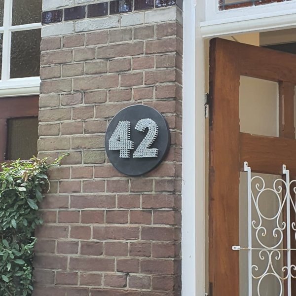 Huisnummer bordje antraciet