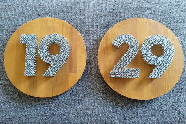 Huisnummer bordjes blanck
